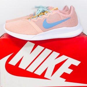 NIKE Coral YTR Women's Running Sneaker 8.5 NIB 🍑